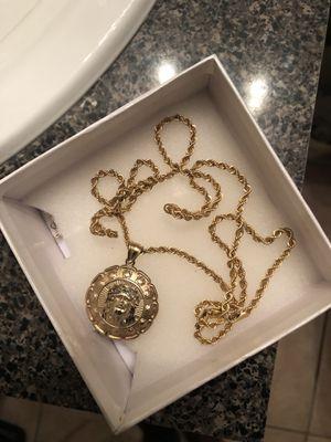 10k reversible Jesus & Mary medallion for Sale in Sanford, FL