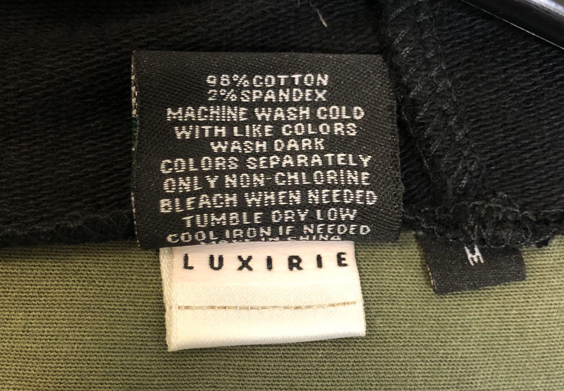 Luxirie by LRG Womens Camo Jacket Medium