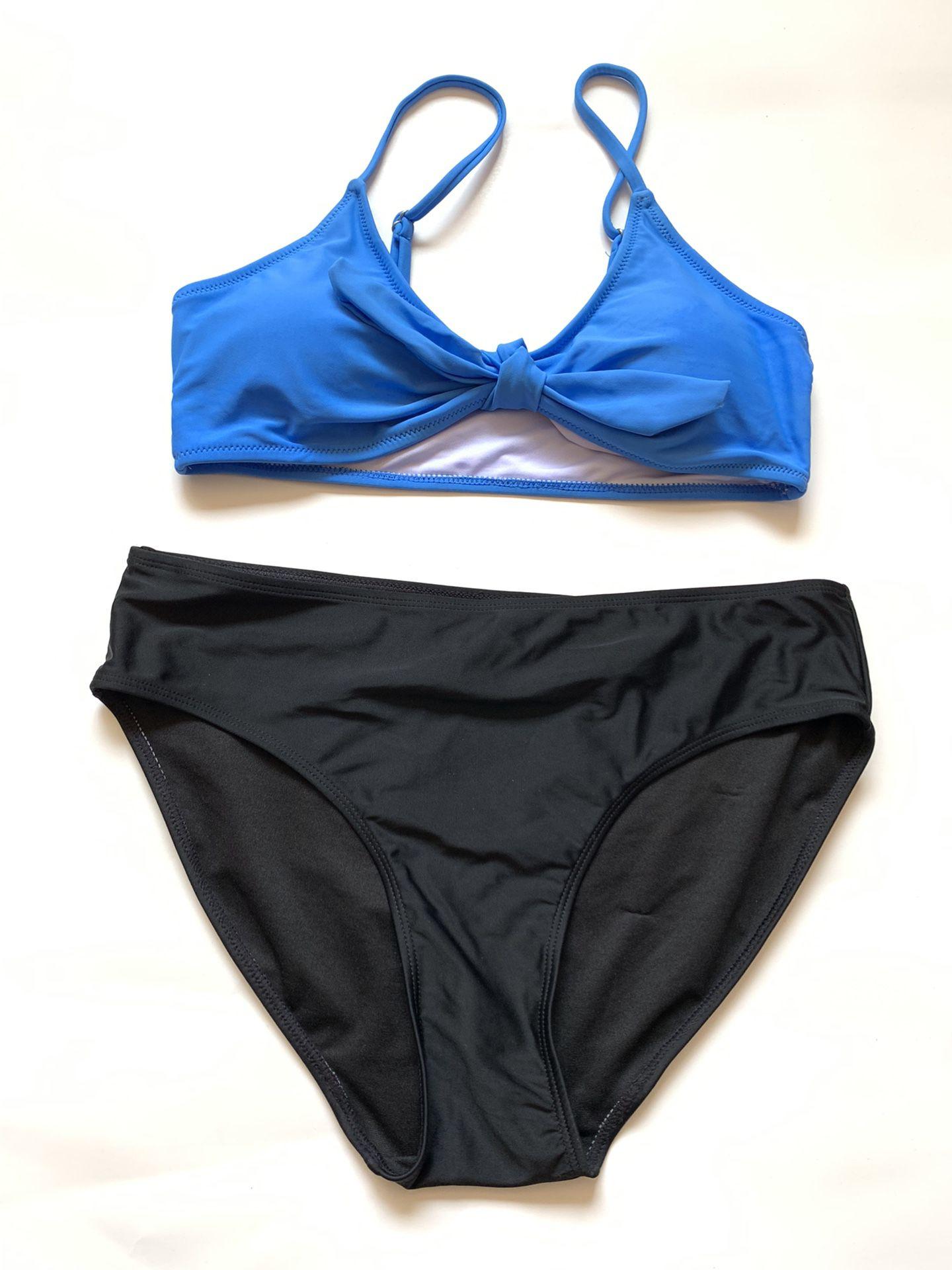 New Women's Bathing Set Size Medium Top Large Bottoms