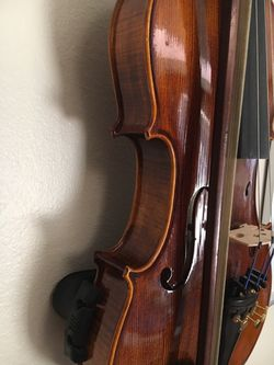 Violin full size Thumbnail