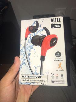 Waterproof headphones Thumbnail
