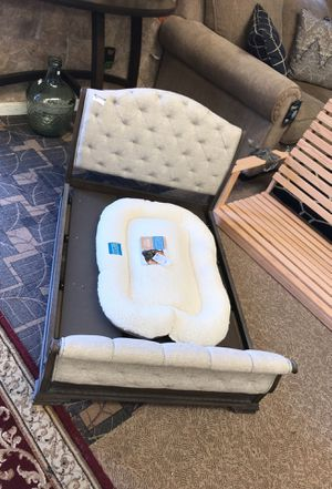 Dog bed for Sale in Boiling Springs, SC