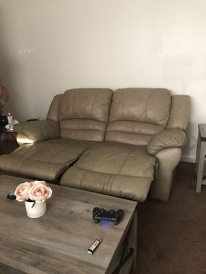 Super New And Used Recliner Sofa For Sale In San Diego Ca Offerup Ocoug Best Dining Table And Chair Ideas Images Ocougorg