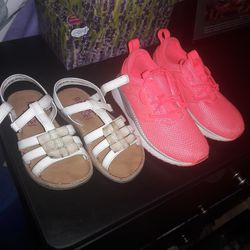 Pumas And Sandals Size 11 Thumbnail