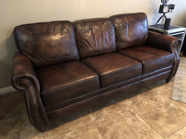 2 x High end leather sofas for Sale in Las Vegas, NV - OfferUp
