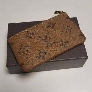 Louis Vuitton mini wallet for Sale in Baltimore, MD