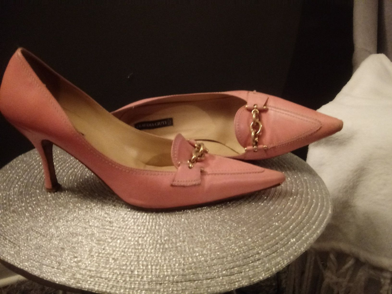 """Pink 3""""Claudia Cluti shoes size 9M"""