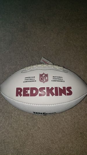Wilson Signature Series Redskins Footbal SIGNED for Sale in Alexandria, VA