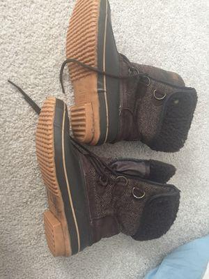 Khombu winter boots (size 10) for Sale in Washington, DC