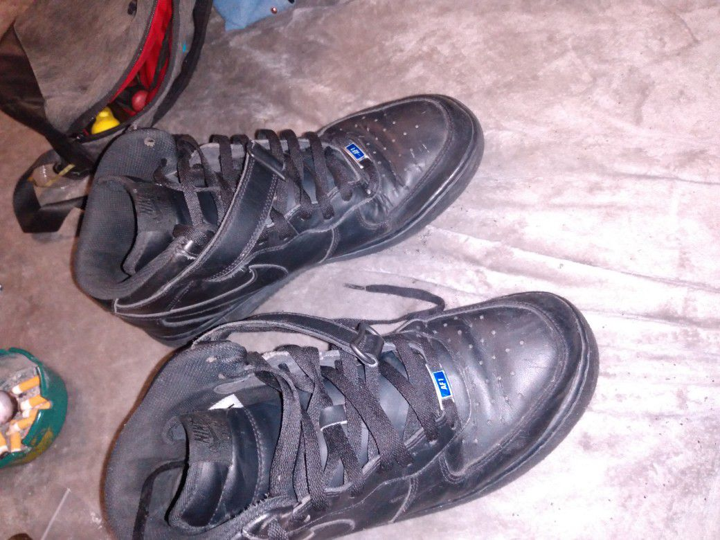 Nikes size 12