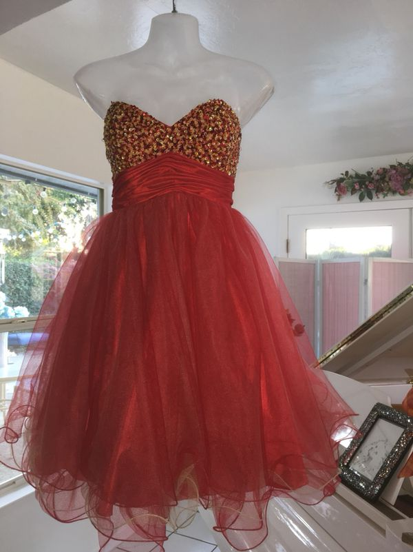 e1b69509c Lots of red small sizes cute short formal dresses! for Sale in Tulare