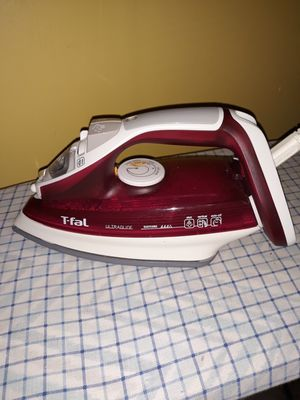 T-fal iron with the table and pad for Sale in Rolla, MO