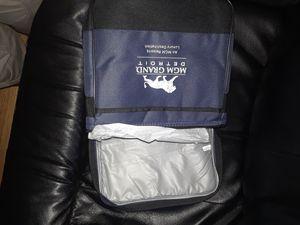 lunch bag flashlight built in umbrella for Sale in Detroit, MI