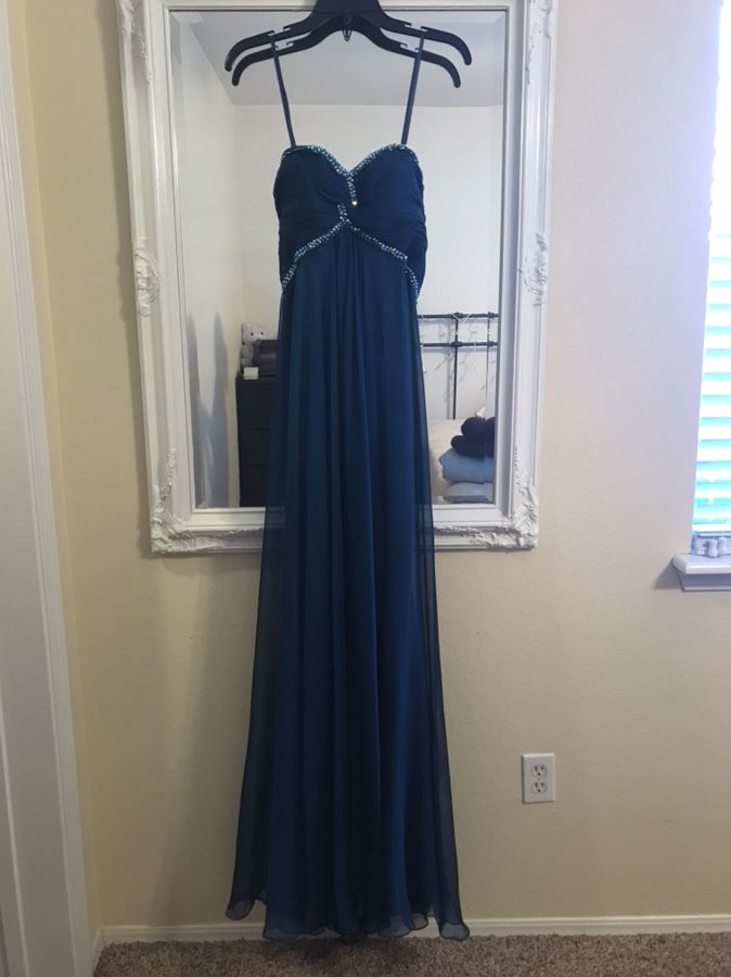 Beautiful Brand New Ladies Gown