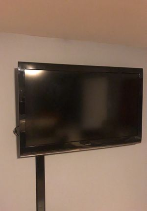 "55"" Toshiba for Sale in White Plains, MD"