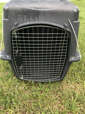 Large animal crate (30-50lbs) for Sale in Longwood, FL
