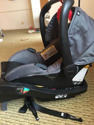 Evenflo car seat for Sale in Alexandria, VA