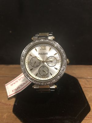Photo Women's Swarovski Crystal Watch