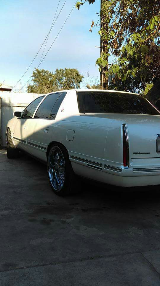 99 Cadillac Deville Loaded Strong Engine