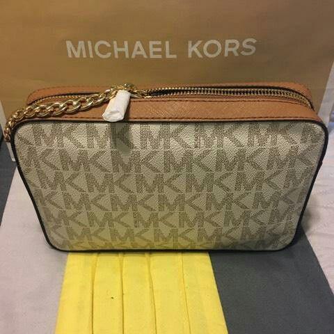 0393471def New Authentic Michael Kors Handbag Crossbody and Wallet Set (Jewelry    Accessories) in Bellflower