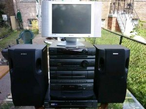 Sony and Polaroid home theater system for Sale in Washington, DC