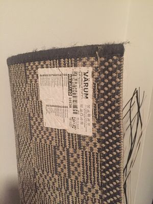 Varum IKEA carpet - great condition for