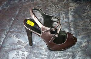 Iredescent heels for Sale in Detroit, MI