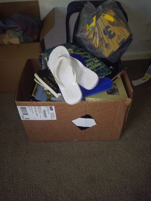 Box of books for free for Sale in Kissimmee, FL