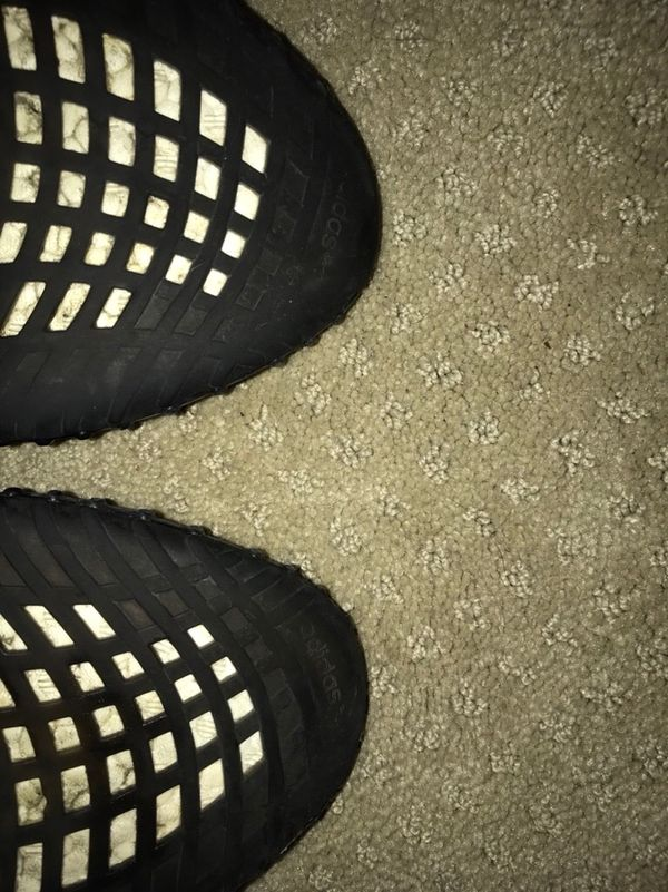 fa7530dc6 Yeezy V2 bred 10 1 2 for Sale in Morgan Hill