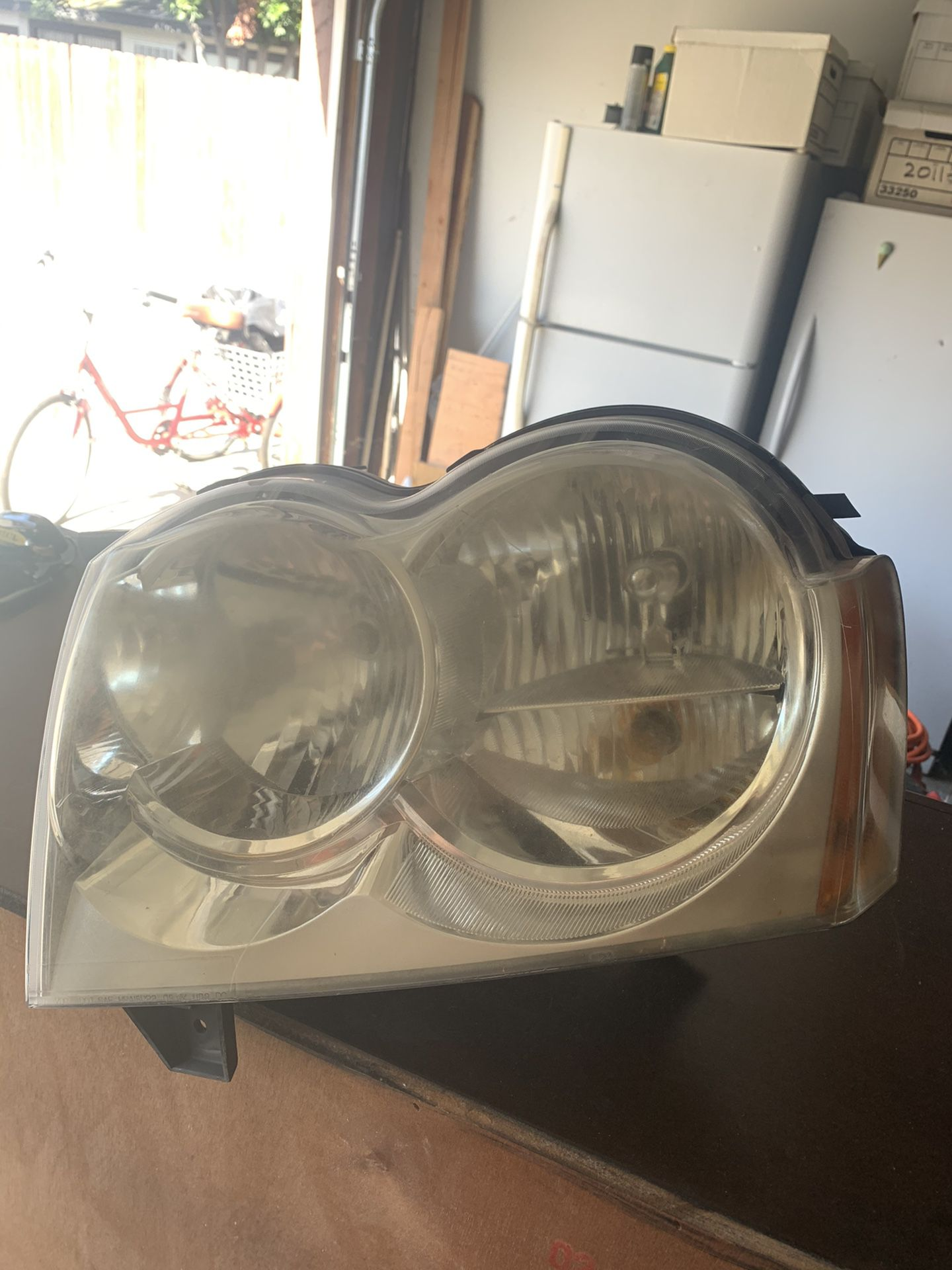 2007 Jeep Grand Cherokee Headlamps