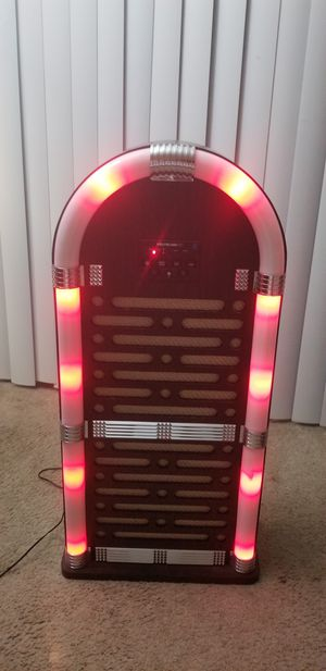 SPEAKER WITH BLUETOOTH for Sale in Wheaton, MD