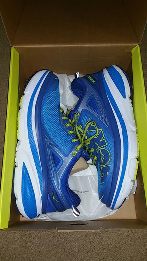 HOKA ONE BONDI 4 MEN'S SIZE 7. USED ONLY ONCE. PRICE NEGOTIABLE. for Sale in Alexandria, VA