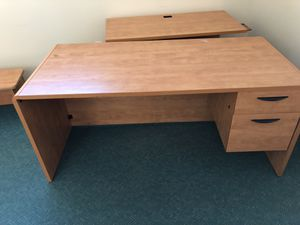 L shape wood desk with shelf for Sale in Gaithersburg, MD