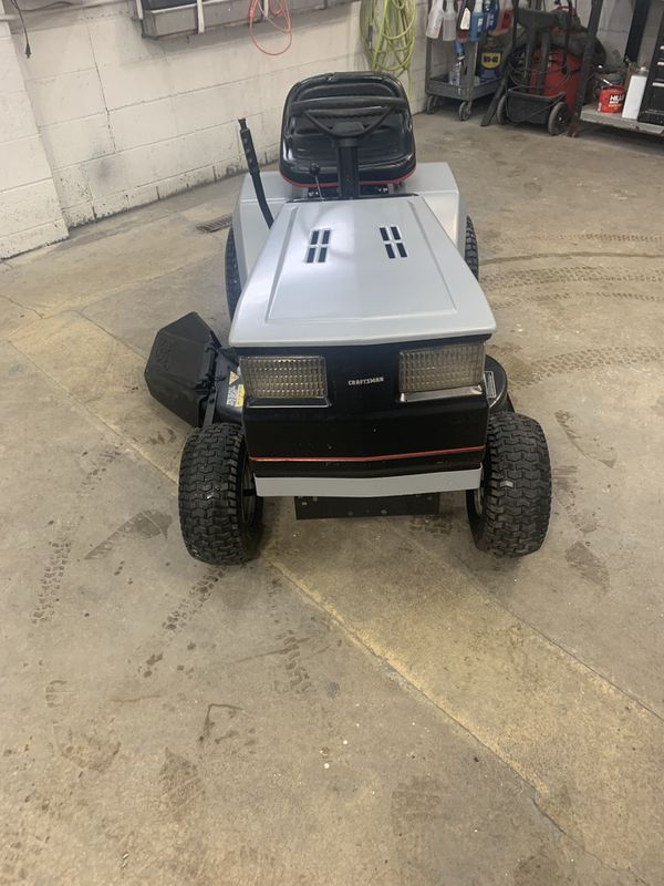 Like new older craftsman riding lawn mower 12hp 38in for Sale in Racine, WI  - OfferUp