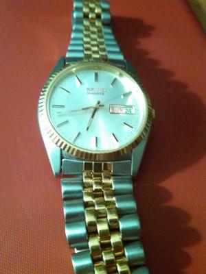 Seiko Quartz men's 40mm watch in two tone for Sale in UT, US
