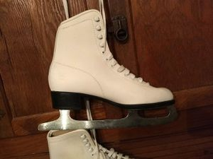 Ice skates for Sale in Inwood, WV