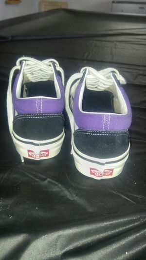 5359ed0c43 Womens Vans size 8 for Sale in Chandler