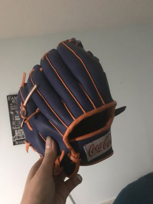 Kids glove from Mets game for Sale in Fort Lee, NJ