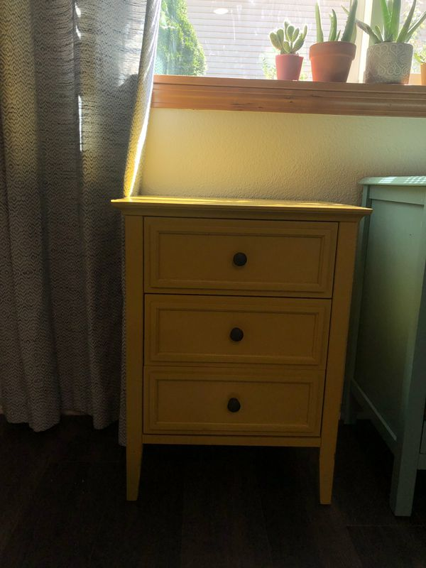 Yellow Target Side Table For Sale In Washougal Wa Offerup