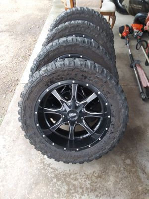 Photo 20x10 moto metal 6 lug universal ford chevy silverado Dodge ram 33x12.50R20 wheels rims chevy 33/{link removed} 331250r22