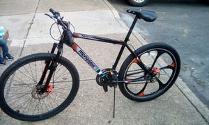 Disc brakes mountain bikes for Sale in Baltimore, MD