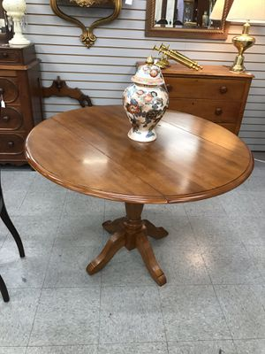 Drop Leaf Kitchen Table for Sale in Fort Washington, MD
