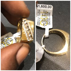 Real 10kt Gold Ring w/ Real Diamonds for Sale in Alexandria, VA