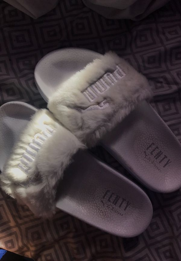 premium selection 6a50d 2e7cf Gently Used Fenty Puma Slides for Sale in Long Beach, CA - OfferUp