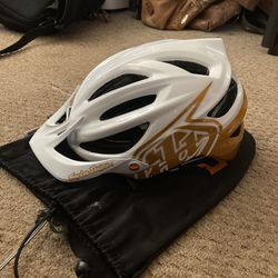 Troy Lee Designs A2 Helmet Like New Thumbnail