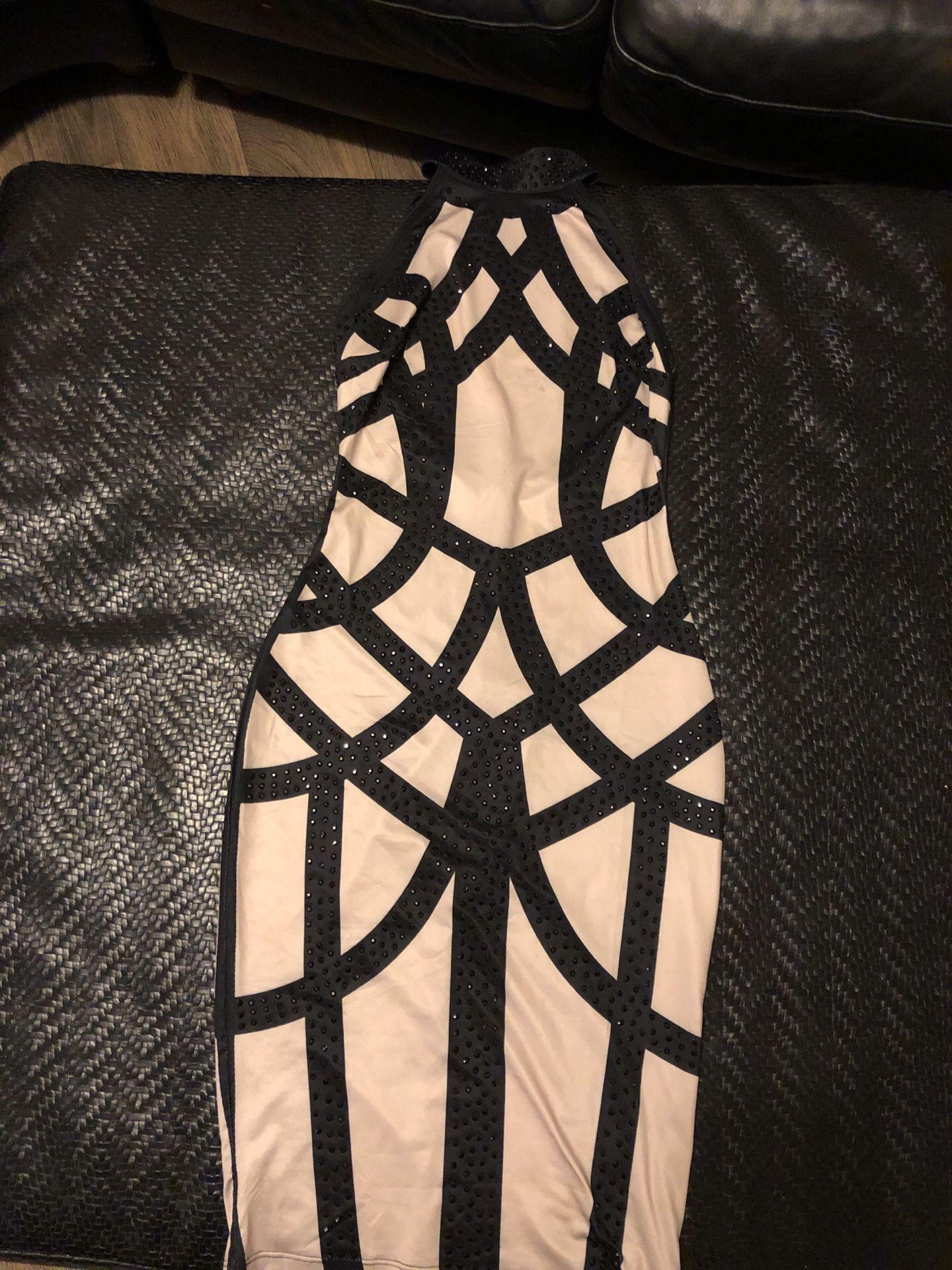 Women's size small fashion nova Dress