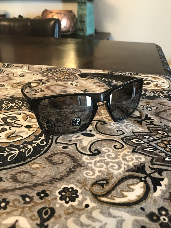 907c6dc99c0 Oakley polorized sliver stealth sunglasses (Jewelry   Accessories) in Tucson