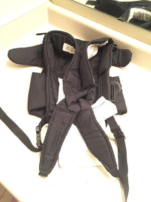 Evenflo baby carrier for Sale in Manassas, VA