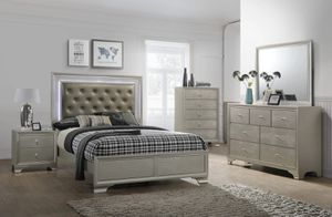 Photo Crown Mark, Lyssa Champagne LED Panel Bedroom Set B4300
