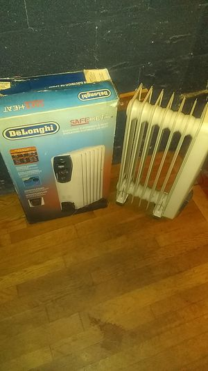 Delonghi safe heat heater for Sale in Memphis, TN